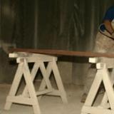 Hout bewerken in de timmerfabriek